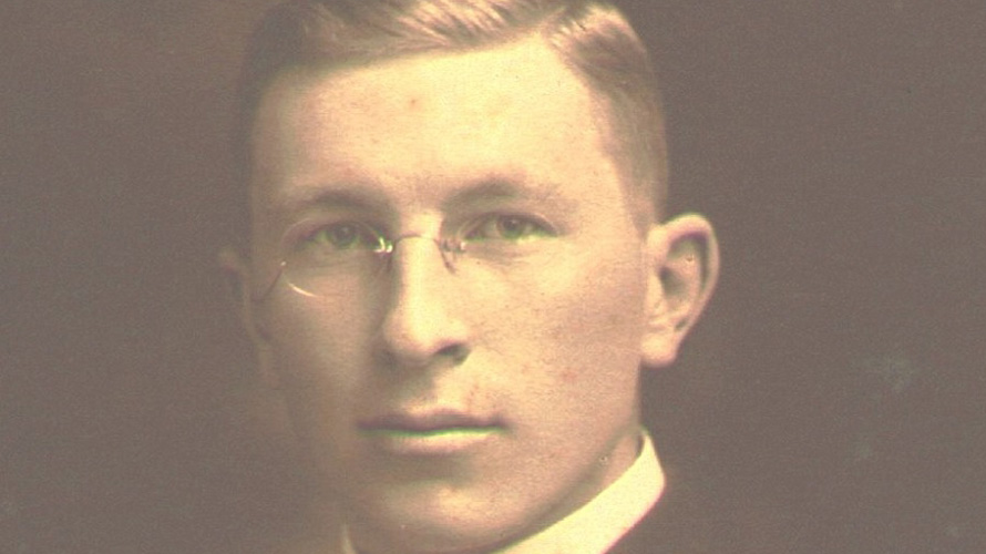 Sir Frederic G. Banting | © www.thefamouspeople.com