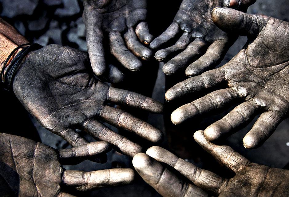Prljave ruke od ugljena