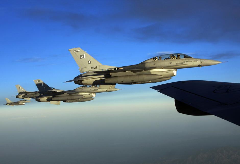 Pakistan PAF F-16