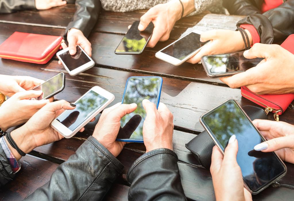 mobilni pametni telefoni